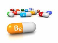 ويتامين B12