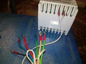 تعمیر سیستم کنترل دستگاه جوجه کشی