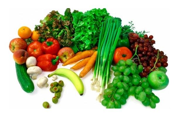 استفاده از سبزیجات برای غذای مرغ مینا